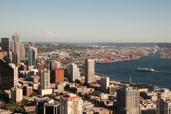 View south of city and Mount Rainier (55 miles) from Space Needle